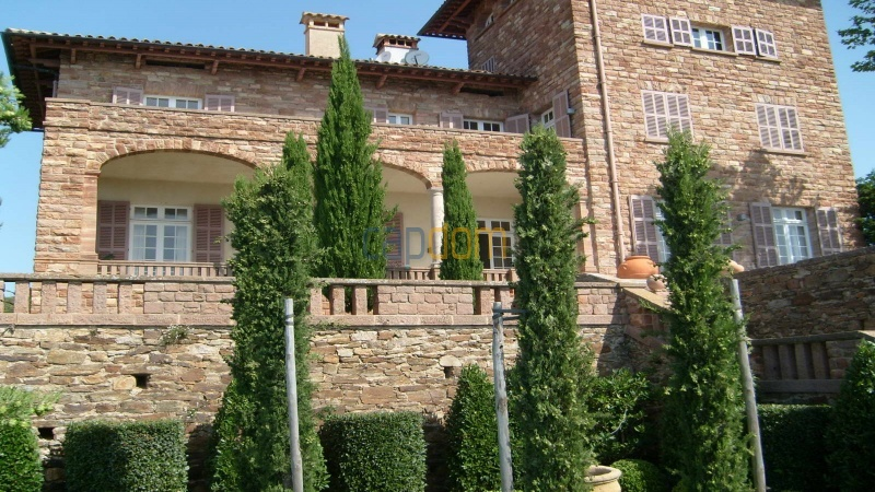 Genuine Castle with vineyards and panoramic sea views for rent heights of Ramatuelle Saint Tropez - front
