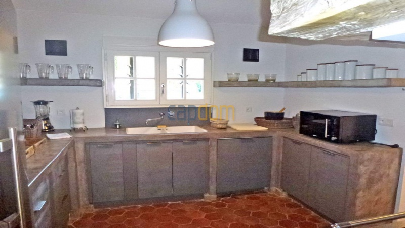 Charming 5 bedrooms Villa for holiday rental domain Capila Saint Tropez by Pampelonne - Kitchen