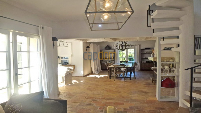 Charming 5 bedrooms Villa for holiday rental domain Capila Saint Tropez by Pampelonne - Living Area