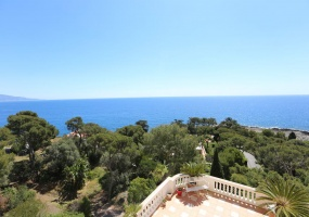 3 bedrooms appartment for sale in perfect condition Grand Hotel Cap Martin - sea view