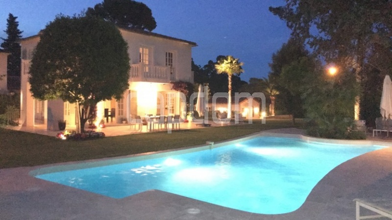 Cap d'Antibes, 5 Bedrooms Bedrooms, ,5 BathroomsBathrooms,Villa,Holiday Rental,1043