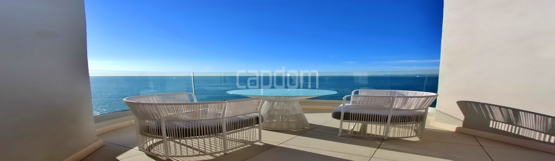 Modern Appartment in waterfront residence Maeterlinck in Nice - View