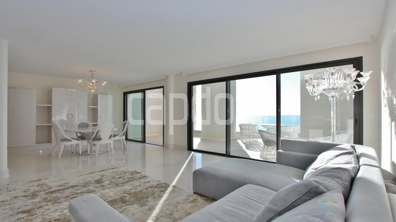 Modern Appartment in waterfront residence Maeterlinck in Nice - Living area