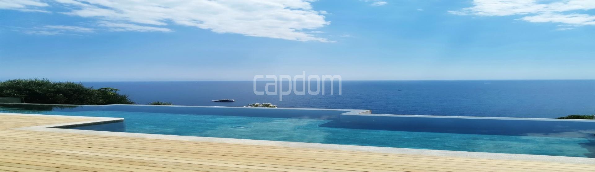 New Waterfront Villa for sale in Roquebrune Cap-Martin - Wiew over mediterranean sea