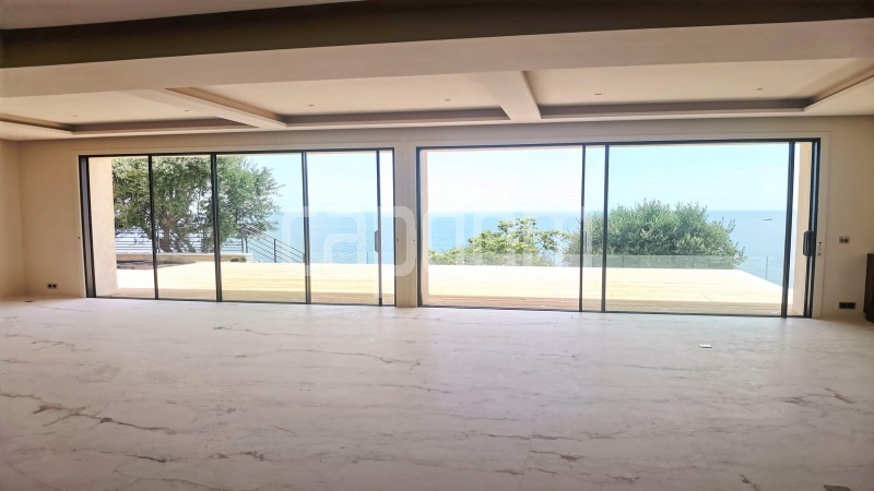 New Waterfront Villa for sale in Roquebrune Cap-Martin - Living area 1
