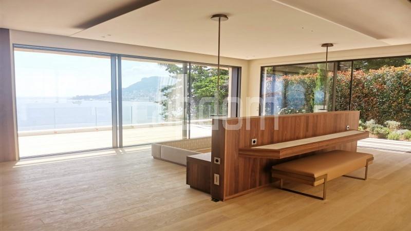 New Waterfront Villa for sale in Roquebrune Cap-Martin - Master Bedroom 1