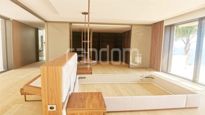 New Waterfront Villa for sale in Roquebrune Cap-Martin - Master Bedroom 3