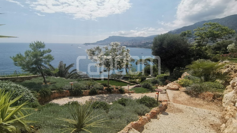 New Waterfront Villa for sale in Roquebrune Cap-Martin - View Gardens and Monaco