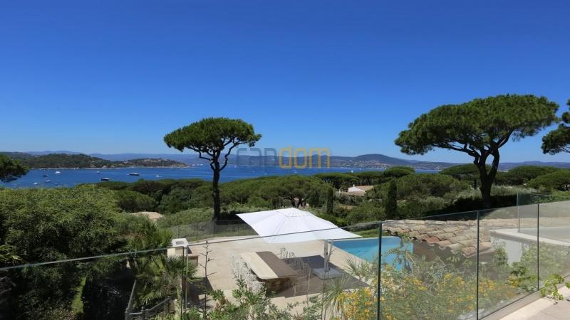 Villa for sale Les Parcs Saint Tropez - upper terrace view