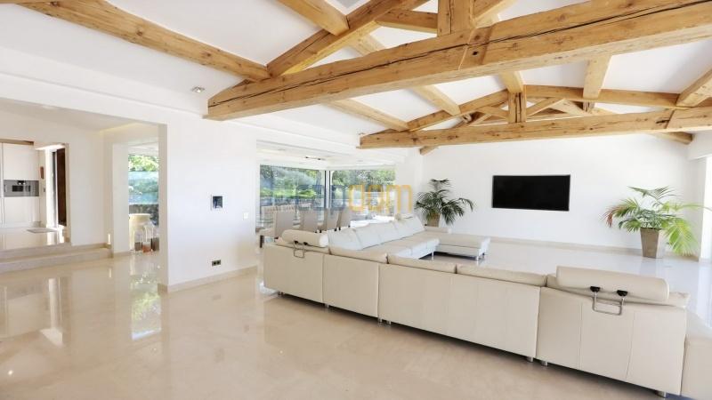 Villa for sale Les Parcs Saint Tropez - livingroom