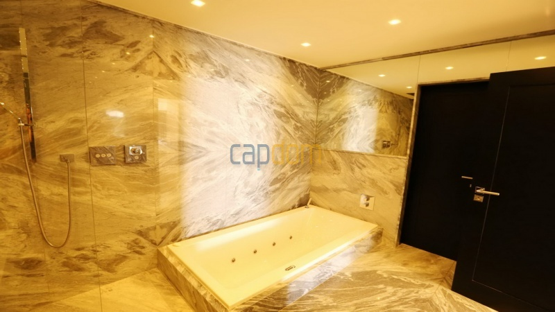 Villa for sale Les Parcs Saint Tropez - master bathroom