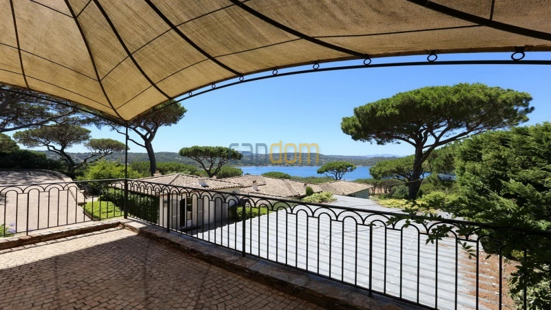 Villa for sale Les Parcs Saint Tropez - parking lot