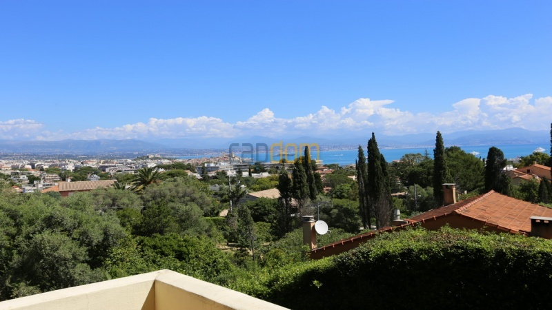 Villa for sale  Cap d'Antibes - view third floor
