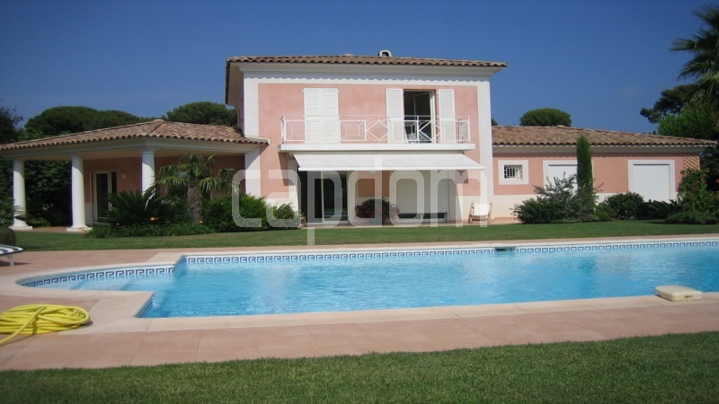 Villa for sale  Cap d'Antibes private domain - front