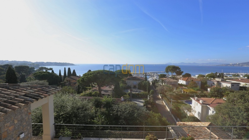 Holiday rental villa cap antibes sea view - west view from upper balcony