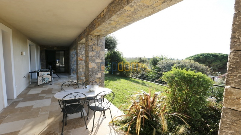 Holiday rental villa cap antibes sea view - patio
