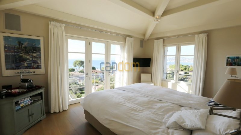 Holiday rental villa cap antibes sea view - upper room 1