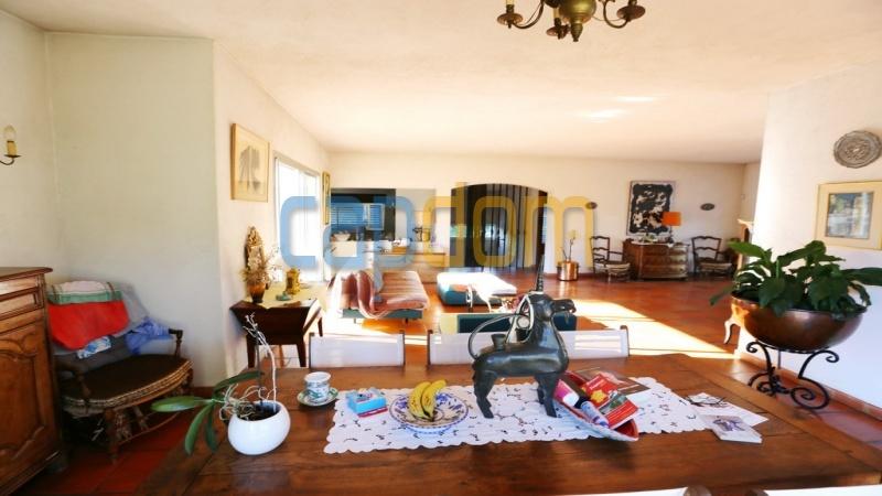 Californian Villa for sale Cap d'Antibes - dining area