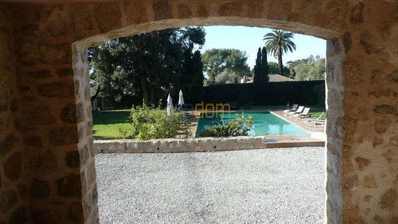 Large stone-built villa for rent cap antibes  - Patio