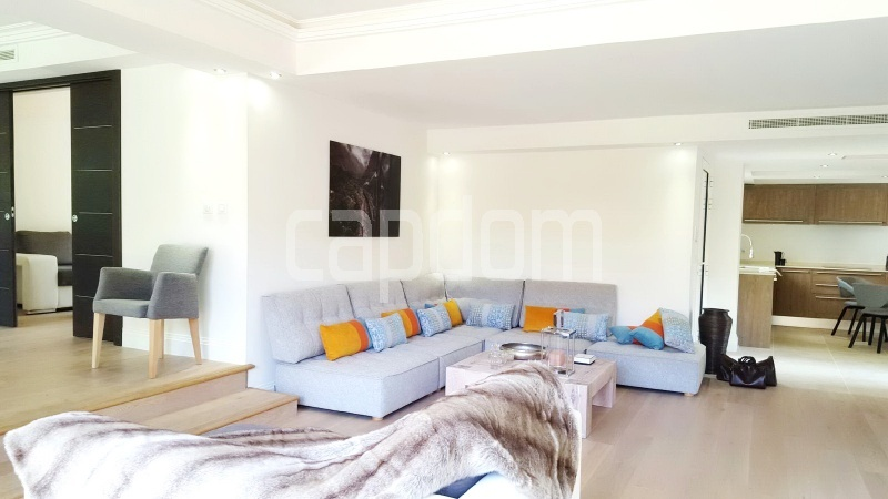 Recently build villa for sale Salis Beach Cap d'Antibes - living area
