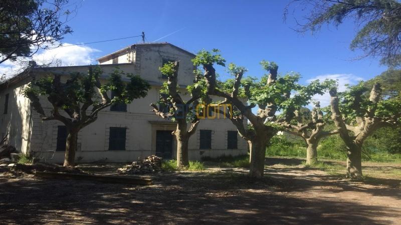 Property to restore Salis Beach Cap d Antibes - front façade