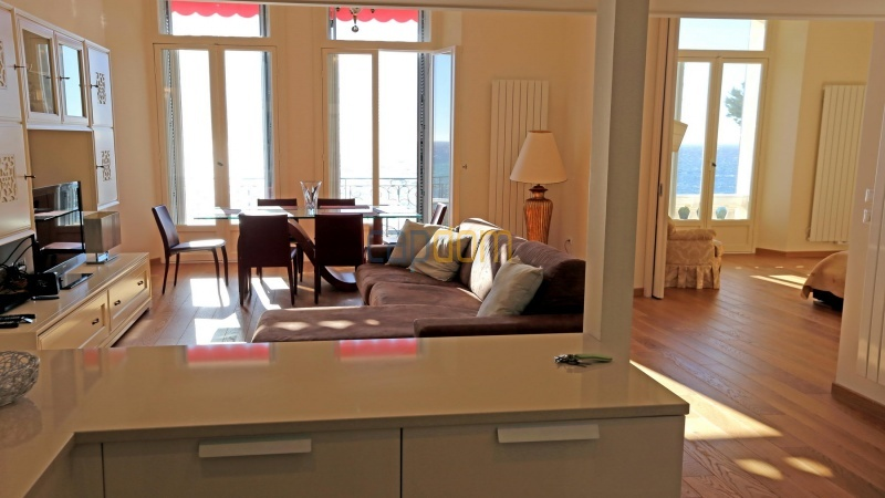 Fully renovated apartment for sale Grand Hotel Cap Martin - Living Room