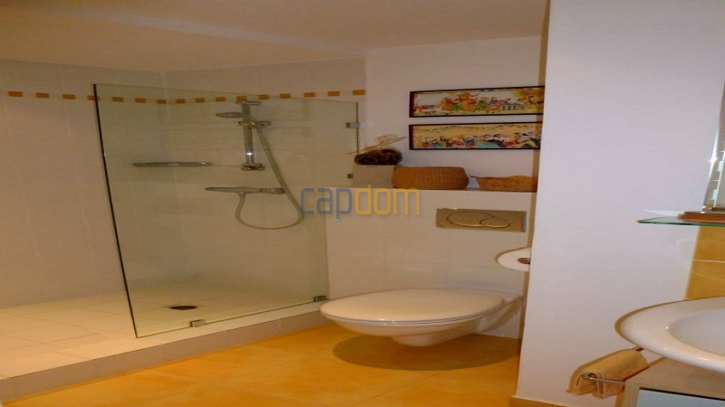 Charming Villa for Holiday Rental near Garoupe Beach Cap d'Antibes - Bathroom 2