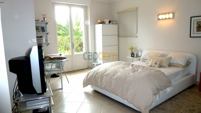 Charming Villa for Holiday Rental near Garoupe Beach Cap d'Antibes - Bedroom 3
