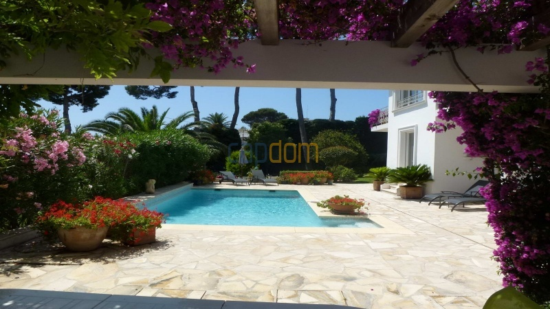 Charming Villa for Holiday Rental near Garoupe Beach Cap d'Antibes - Patio