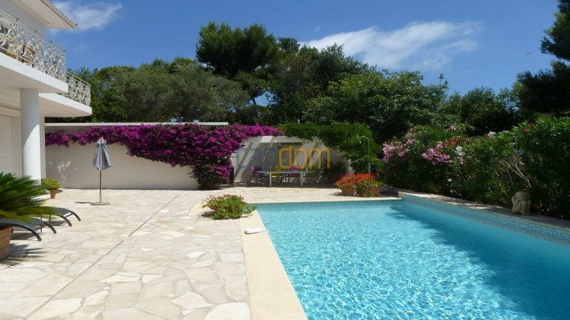 Charming Villa for Holiday Rental near Garoupe Beach Cap d'Antibes - Swimming pool