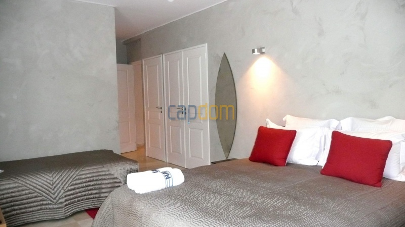 Contemporary Villa for rent in Cap Antibes - Bedroom  1
