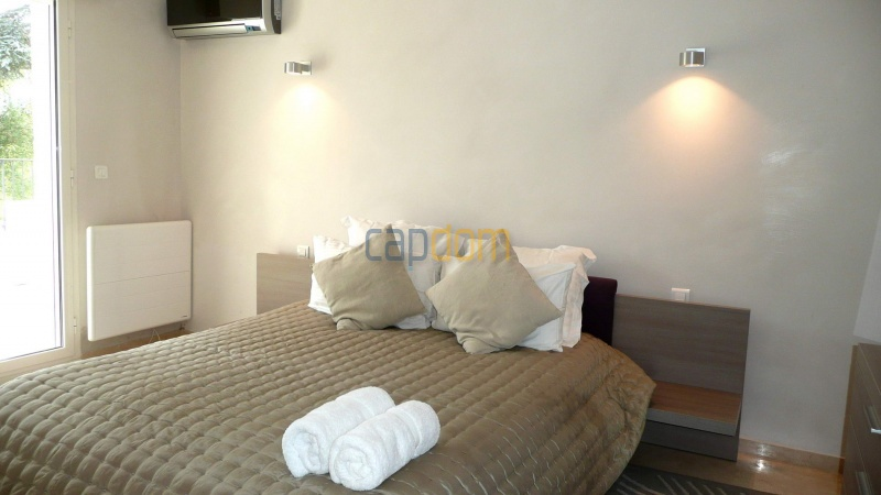 Contemporary Villa for rent in Cap Antibes - Bedroom  3