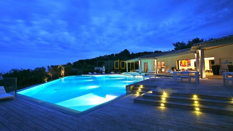 Saint-Tropez,4 Спальни Спальни,4 ВанныхВанных,Вилла,1026