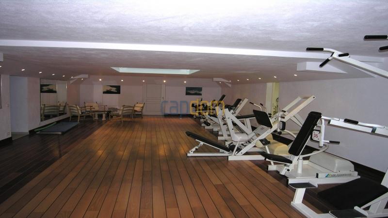 Огромная Вилла для отпуска в престижнейшей резиденции Лэ Парк - фитнес-зал