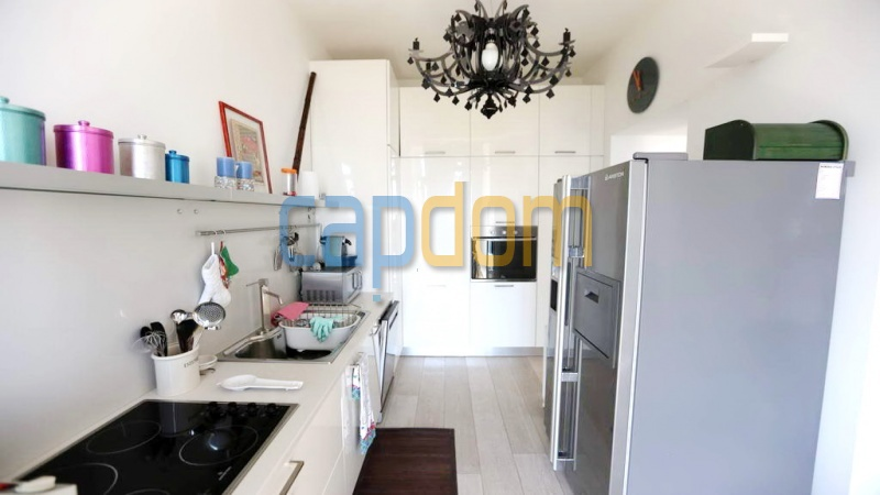 3 bedrooms appartment for sale in perfect condition Grand Hotel Cap Martin - kitchen