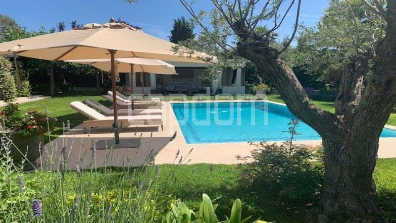 Cap d'Antibes, 5 Bedrooms Bedrooms, ,5 BathroomsBathrooms,Villa,Holiday Rental,1042