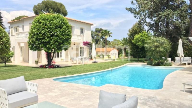 Cap d'Antibes, 5 Bedrooms Bedrooms, ,5 BathroomsBathrooms,Villa,Holiday Rental,1043