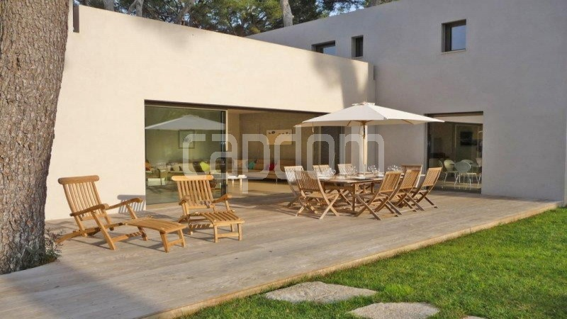 Cap d'Antibes, 4 Bedrooms Bedrooms, ,3 BathroomsBathrooms,Villa,Holiday Rental,1046