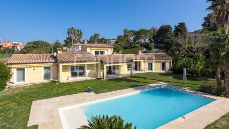 Cap d'Antibes, 6 Bedrooms Bedrooms, ,5 BathroomsBathrooms,Villa,For sale,1052