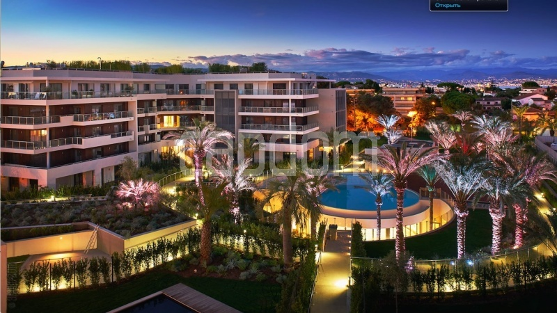Large apartment for sale Cap d'Antibes near Pinède beaches and shops in brand-new residential complex - Residence at night