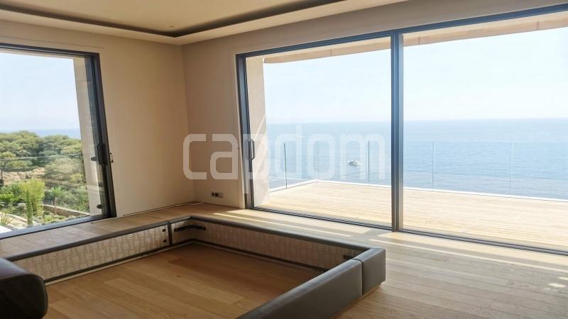 New Waterfront Villa for sale in Roquebrune Cap-Martin - Bedroom 3  view