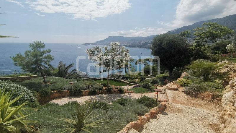 New Waterfront Villa for sale in Roquebrune Cap-Martin - View Gardens and Monaco
