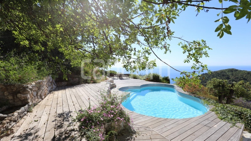 Charming Villa for sale with panoramic view in Villefranche-sur-Mer - swimming pool