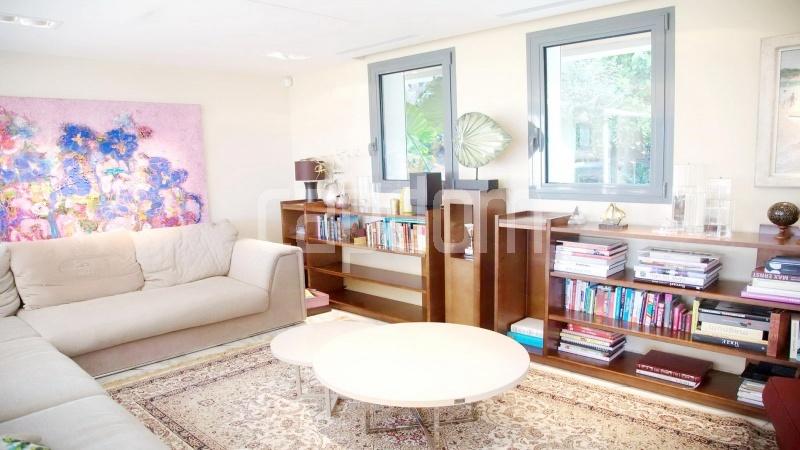 Contemporary large villa for vacation rental in Cap-Ferrat - Salon