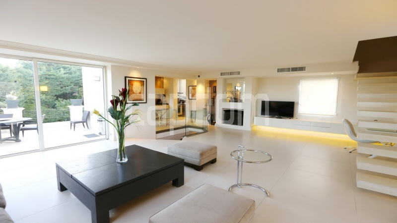 Modern new villa Cap d'Antibes Westside - Living area