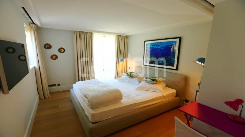 Престижная вилла с видом на море в частной резиденции Les Parcs de Saint - Tropez - 17