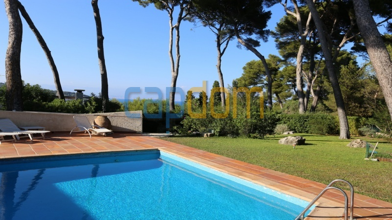 Californian Villa for sale Cap d'Antibes - sea view