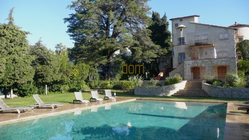Large stone-built villa for rent cap antibes  - swimming pool and terrace