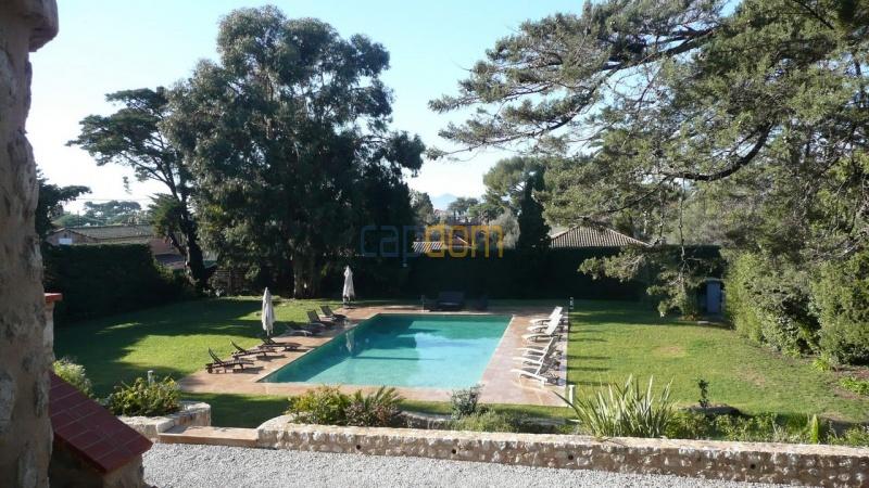Large stone-built villa for rent cap antibes  - gardens