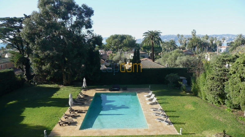 Large stone-built villa for rent cap antibes  - Upper view